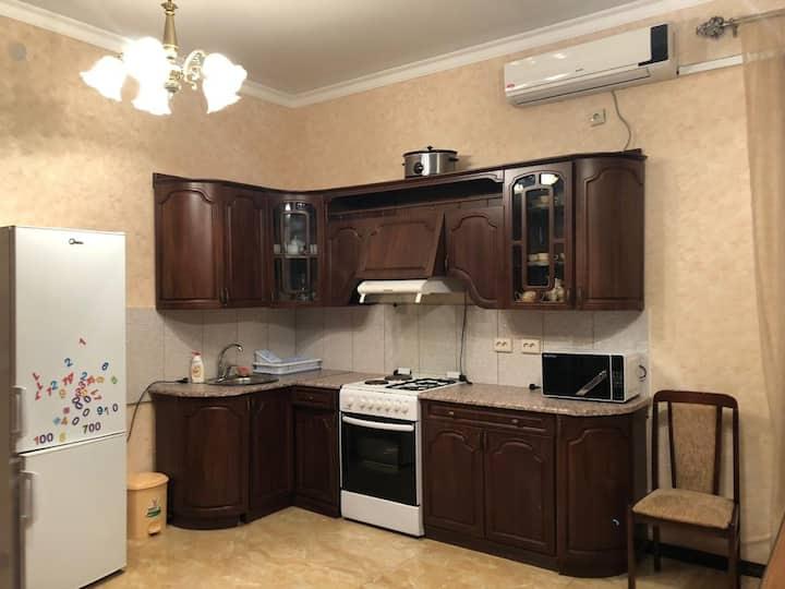 Дом отдыха для всей семьи,Абхазия, Пицунда