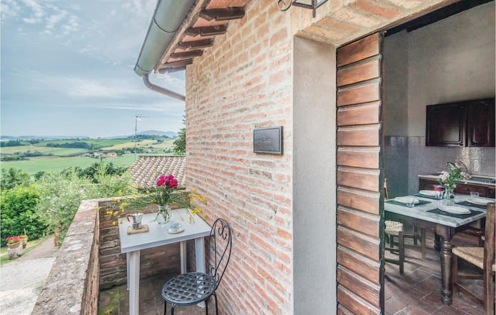 Nice home in Castiglione d.Lago PG with 1 Bedrooms