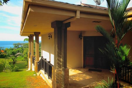Private Villa at Red Frog Beach - Bastimento