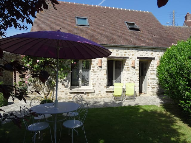 Cottage near Senlis 10mn A1 - 40mn North Paris
