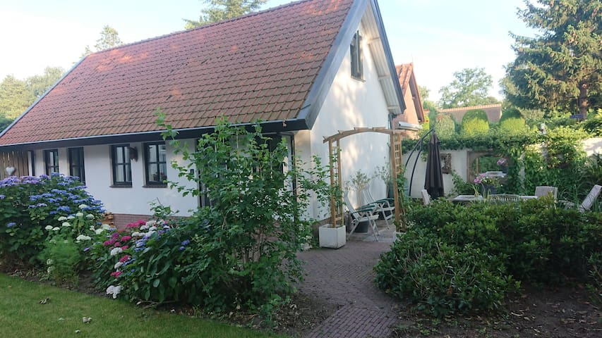 Nice cottage in Soest, area Amsterdam/Utrecht