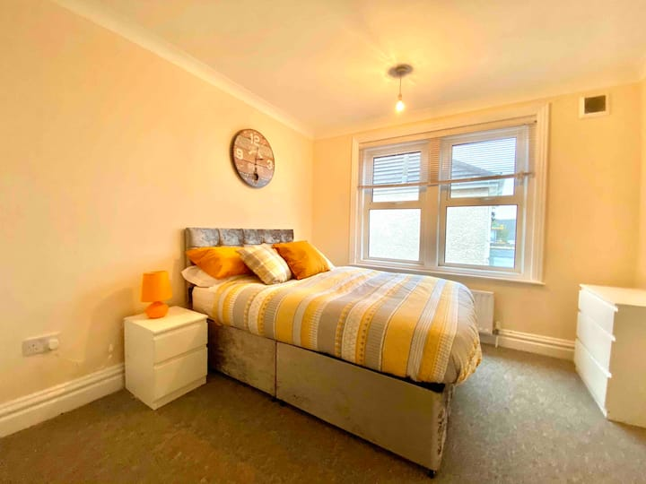 ⭐️SPACIOUS ROOM NEAR BOURNEMOUTH CENTRE ⭐️