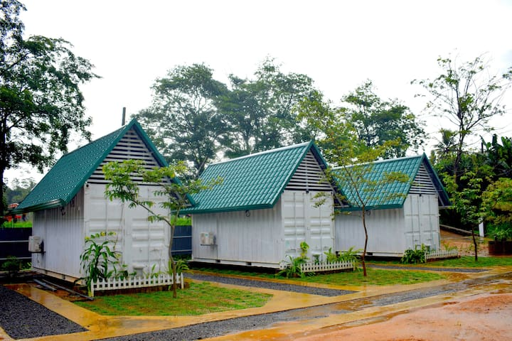 Air conditioned Hybrid Cabana/Nuwaraeliya Gardens