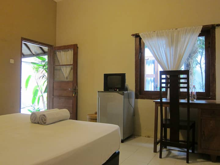 Compact room Rinjani at Atmos Co-Living
