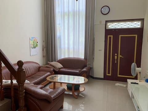 Newly furnished house near Chunan Station East Station Sports Park (including living room use)