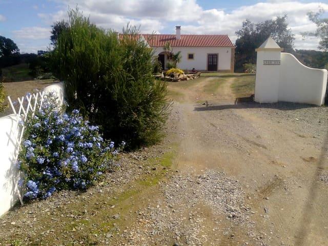 Casa Eva,Chada Nova,Ourique11207/AL - Ourique - Villa