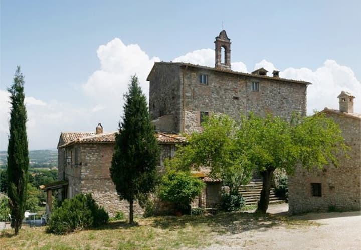 TODI CHARMING 1100 TOWER with panoramic terrace