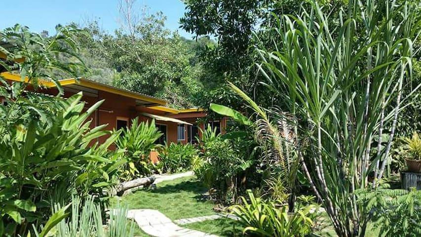 Pan Borneo Garden Homestay