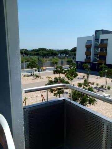 Apartamento en la Playa y 3 dormitorios. - Punta Umbría - Lägenhet