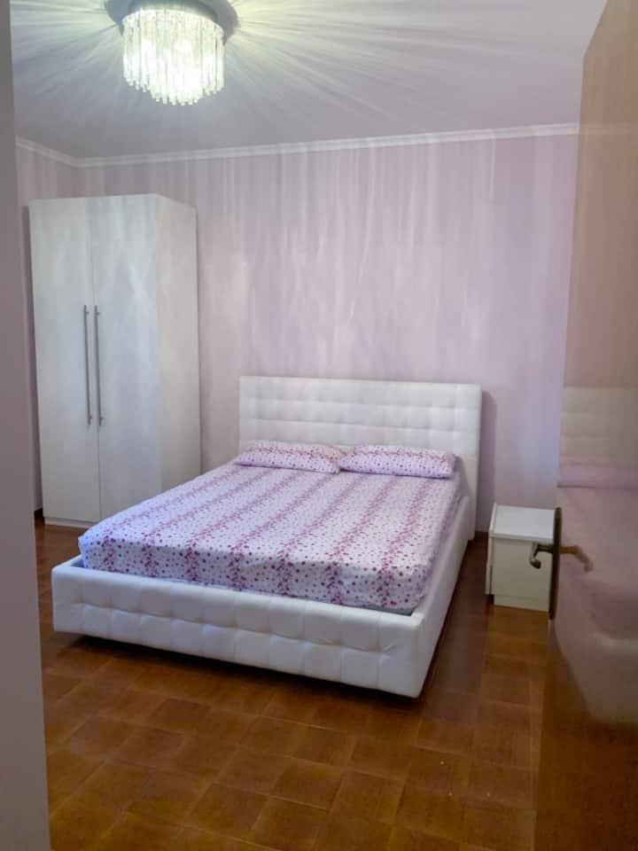 Due camere matrimoniale a Rivazzura mare.