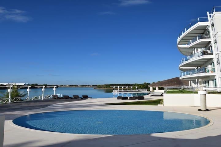 Luxurious PH 4 BDR - Pool & Beach Clubs CANCUN - Alfredo V. Bonfil - Apartemen