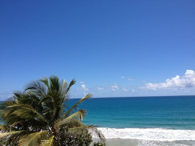 Oceanfront Apartment, great view - Luquillo - Leilighet