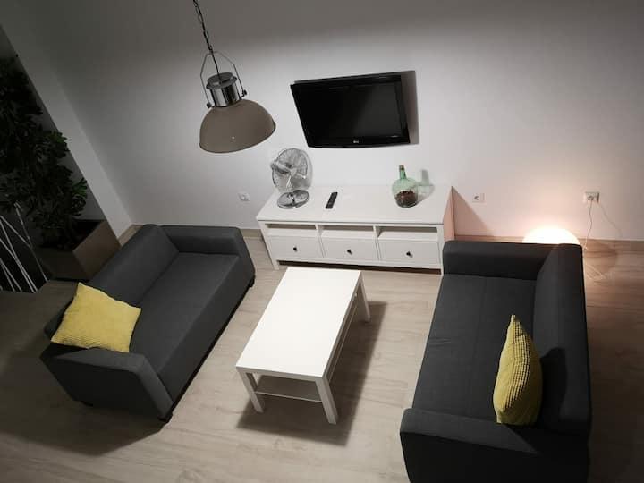 Apartamento moderno a 10 minutos de la playa