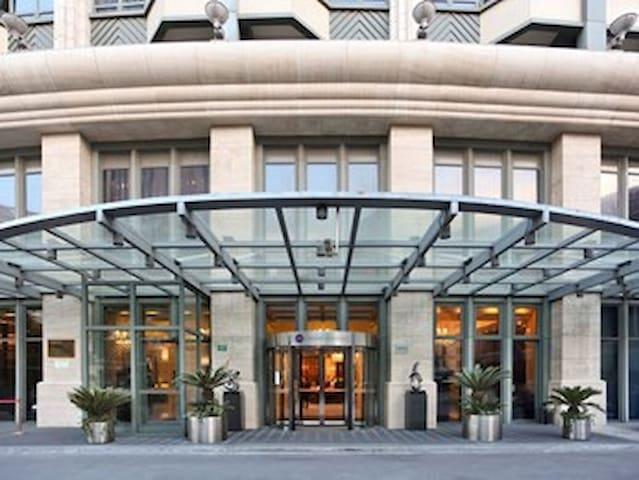这是一个酒店但是里面一应俱全! - Shanghai - Appartement