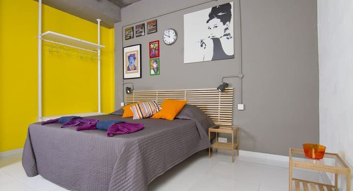 Cosy Studio by the Sea | Enhanced Cleaning