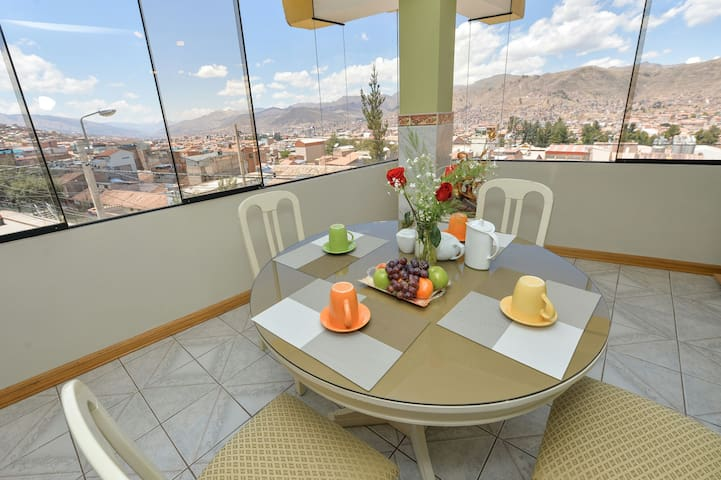 Centric 3BR with Wonderful view - Cusco - Huoneisto