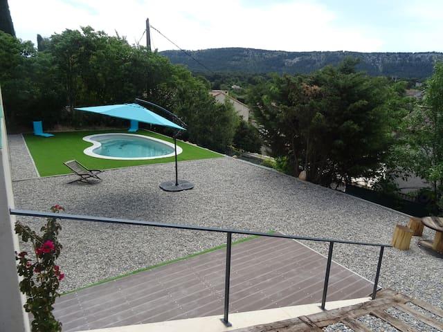 Maison avec piscine et jardin - Aubagne - Квартира