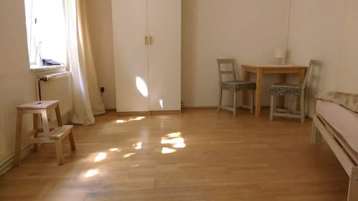 Zimmer ganz zentral im Herzen von Altona-Altstadt