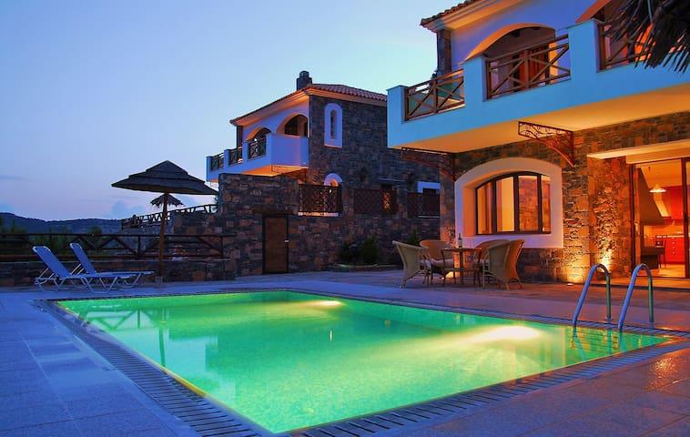 Holiday villa Nikoleta, private pool, Agios Nik... - Prina - Villa