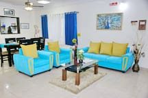 SmartStay Entire Luxury 4BHK Apt-M G Road area