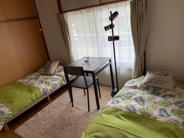 博多駅へのアクセス抜群!閑静な住宅街でゆっくり泊まれます!
