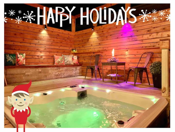 Modern Meets Vintage - Holidays with a Hot Tub ☃️🌲