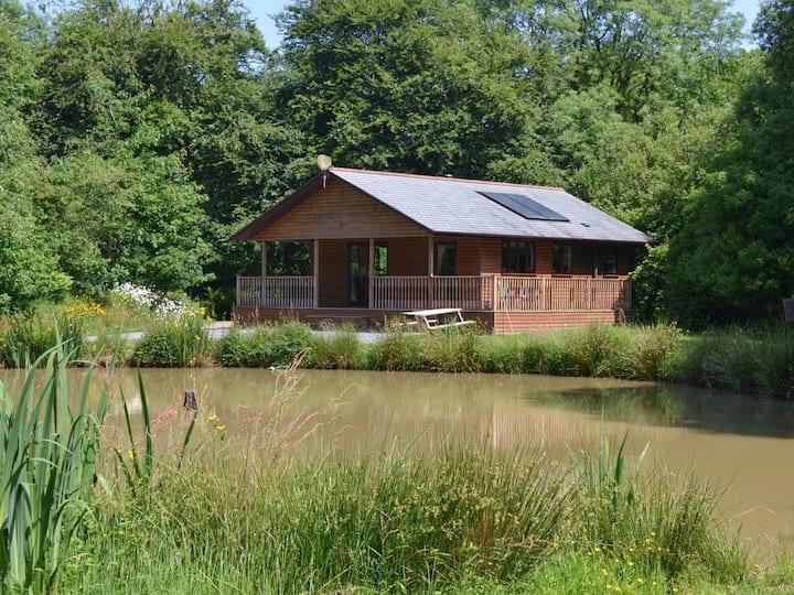Hazel Lodge-W42814 (W42814)