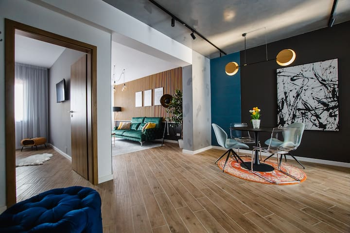 Central Designer Loft at EAS Residence