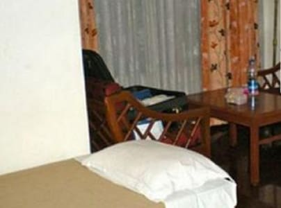 iROOMZ Hotel Pawan, Double Non A/C Room, Bellary