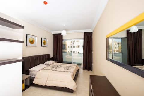 Beautifully Furnished Studio at a Great Location