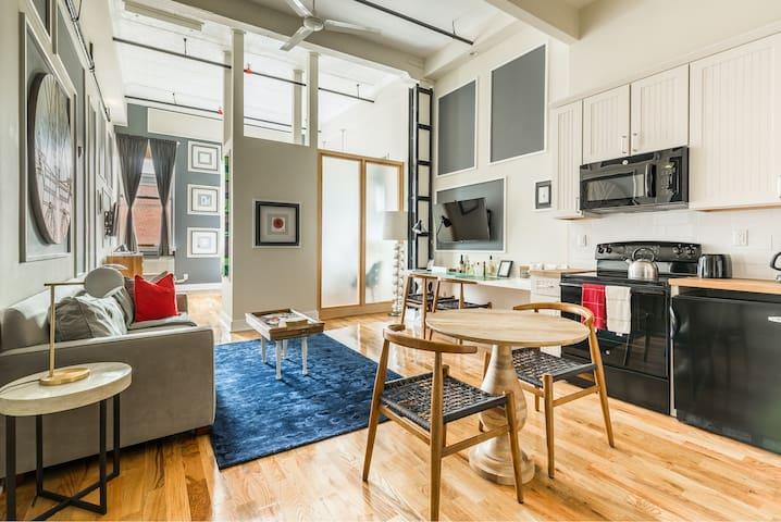 Deluxe Loft Suite in Greenpoint