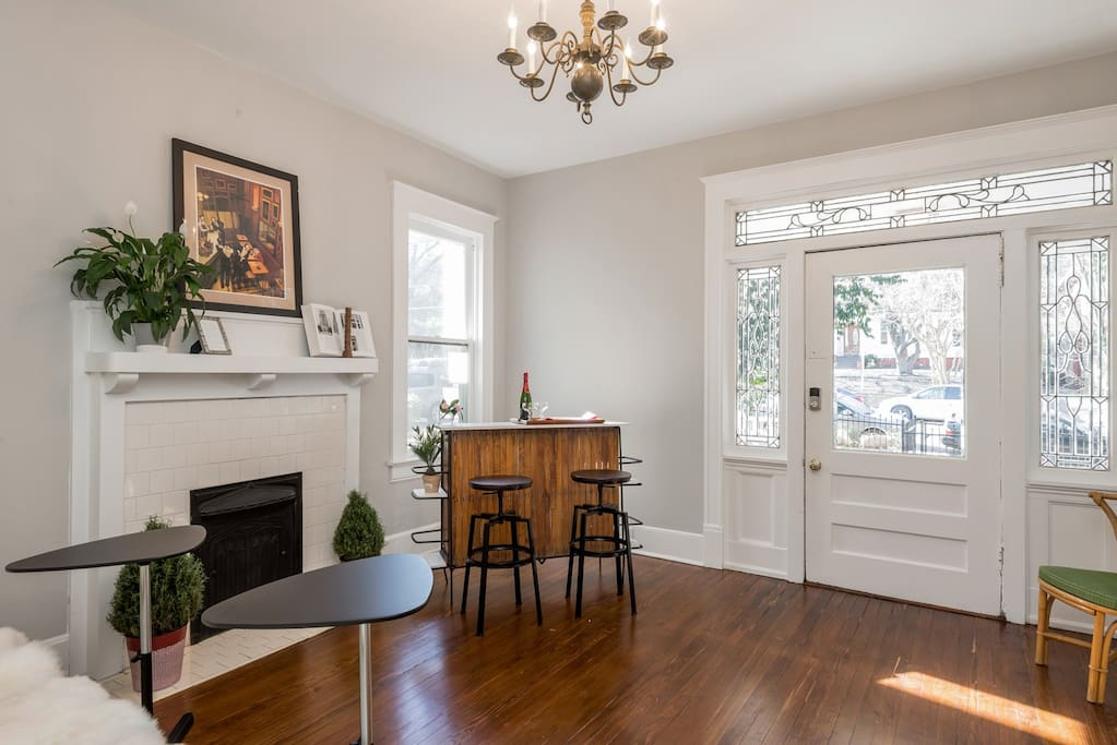 Two bedroom Midtown Large Private Apartment - Houses for ...