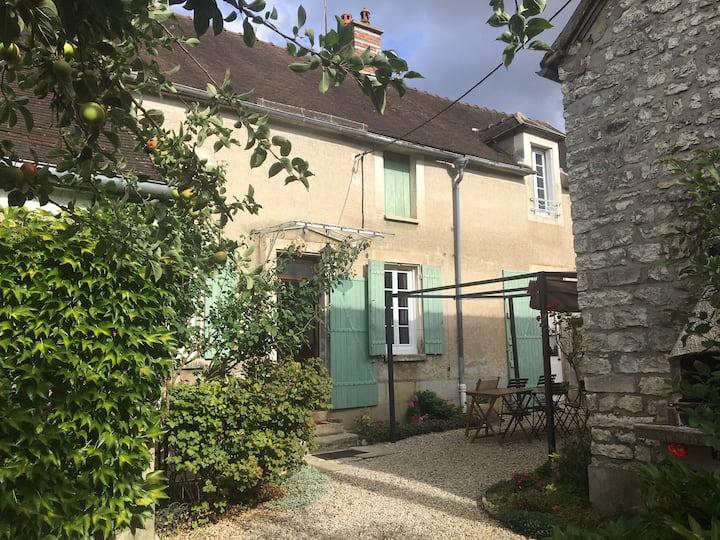 Chambre privative - Dannemoine, Bourgogne