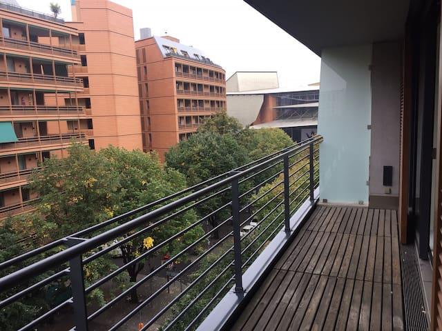 Brand New Apartment in the Heart of PostdamerPlatz