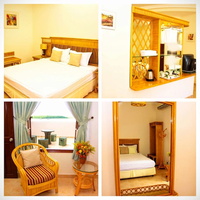 Quadruple room (2 double beds) with the nice view over the beach