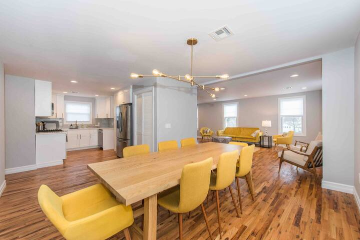Fully renovated charming home Unit 2, close to NYC