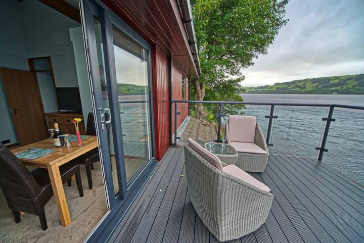 Glan Y Gro Lakeside Suites