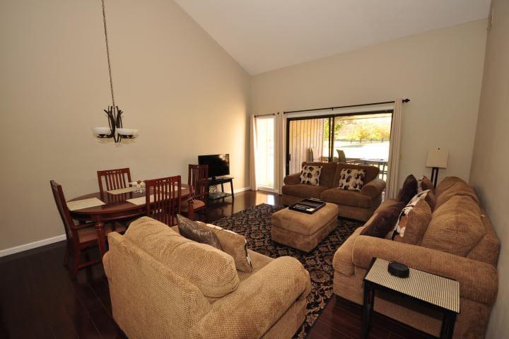 Fairway Villa #1506- Rumbling Bald Resort - Lake Lure - Villa