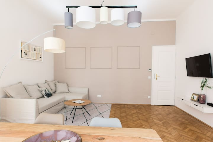 Generous, New Apartment in the Heart of Vienna