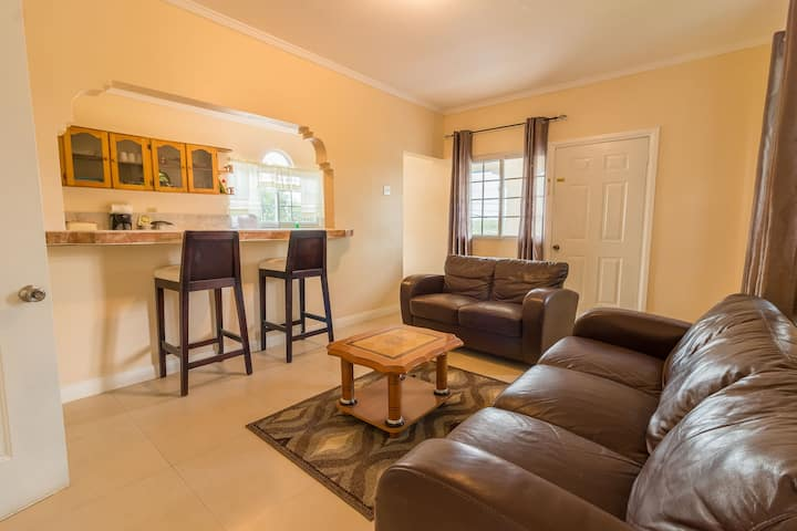 Travellers Beach Suite - 1 Bedroom Apartment