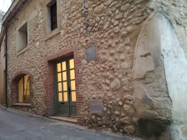 Casa rustica muy cerca de las playas de Empúries.