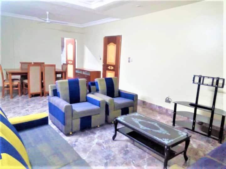 Charmant appartement F4 meublé à OUAGA 2000