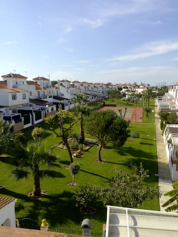 PAREADO EN EL PORTIL. PLAYA. CAMPO DE GOLF - El Portil - Townhouse
