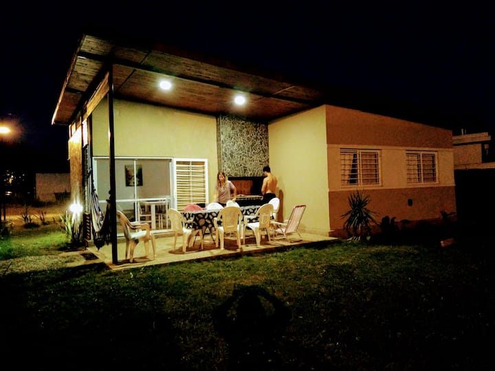 Pileta, Parrillero 3 dormitor en Las Tardes Roldán