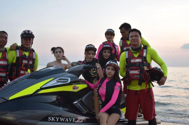Outdoor Activities - Wakeboard Camp THAILAND
