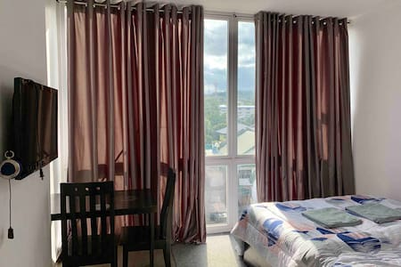 Cozy unit+ FIBR WIFI+CABLE TV+ PARKING in Talamban