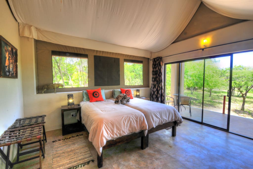 African themed Luxury Tents (Double or Twin Beds)