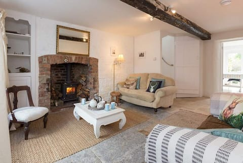 Contemporary Style Stone Cottage Nr Bruton