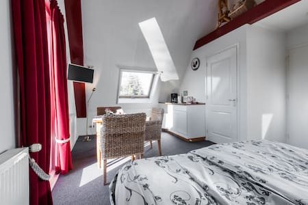 Great studio with view 15 min to Amsterdam centre - Broek in Waterland