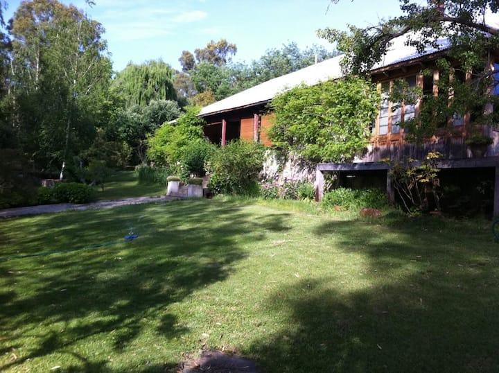 Casa de Campo en Valle de Bosque Mediterraneo